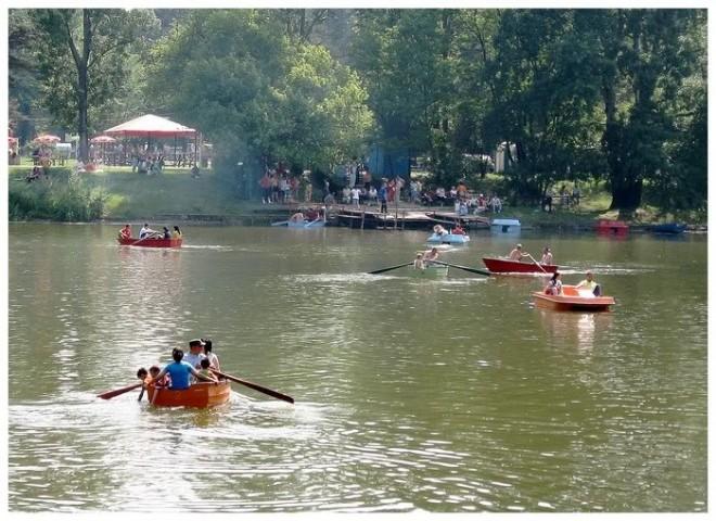 """Parcul """"Constantin Stere"""" a solicitat aviz de la Apele Romane pentru amenajarea unui lac cu plaja"""