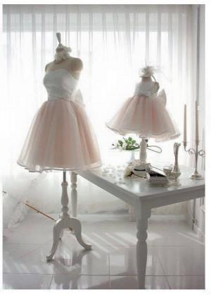 Unde găseşti cele mai frumoase rochiţe pentru fetiţa ta, în Ploieşti. Modele de care te vei îndrăgosti FOTO