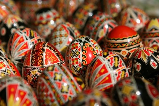 MODELE OUA de PASTE! Vezi AICI cele mai frumoase modele de oua incondeiate