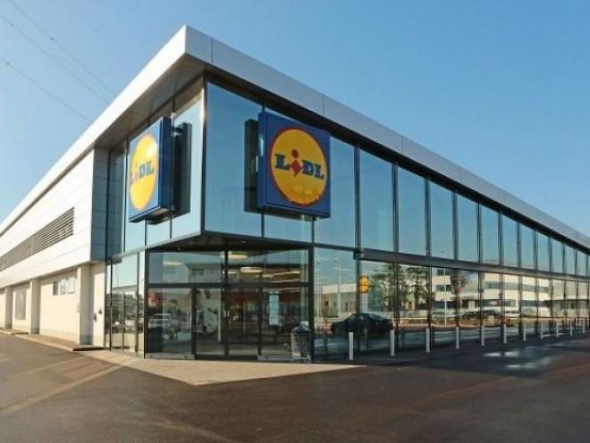 Lidl face angajari masive în România. Ce salarii și beneficii extrasalariale oferă