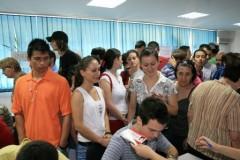 421 de absolvenţi prahoveni, selectaţi în vederea angajării
