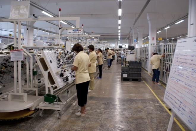 Yazaki angajează 1000 de oameni în noua fabrică din Urlaţi. Află ce SALARII oferă