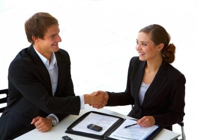 Cum să te angajezi în 6 secunde. Ce trebuie să conţină CV-ul tău