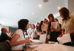 Firmele caută peste 12.400 de angajați la nivel național. Județele cu cea mai bogată ofertă