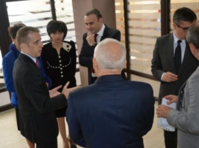 Întâlnire de afaceri între firmele prahovene şi companiile din Italia