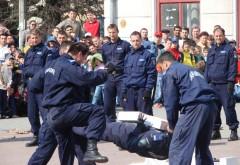 Ce trebuie să facă tinerii care vor să lucreze în Jandarmeria Română