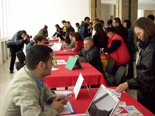 Bursa locurilor de muncă în Ploieşti şi Câmpina. Află când este organizată