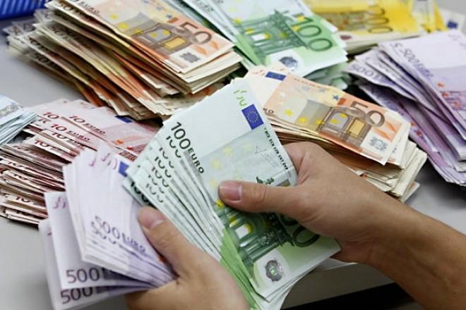 Finanţare europeană pentru 40 de start-up-uri: câte 25.000 euro pentru 40 de idei de afaceri