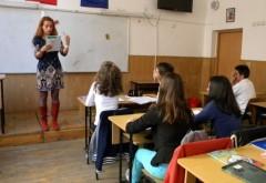 Peste 1300 de posturi didactice vacante în Prahova, pentru anul scolar 2015-2016