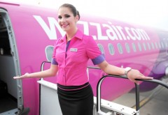 Wizz Air angajeaza stewardese. Toate detaliile AICI