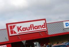 Ce salariu câştigă o casieră de la Kaufland