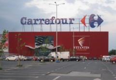 Carrefour angajează: asigurare medicală privată, primă de vacanță. Ce salarii oferă francezii