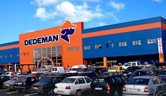 Dedeman angajează. Ce salarii oferă patronii români și câți bani se fac din bacșișuri și bonusuri