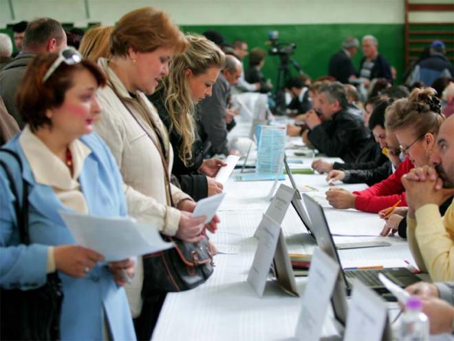 Bursa locurilor de munca in Ploiesti si Campina. Sute de joburi disponibile