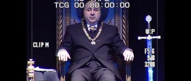 VIDEO INCENDIAR – Ritual masonic cu actori, politicieni și oameni de afaceri români…