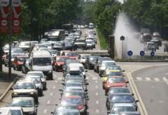 Canicula afectează șoferii precum alcoolul. Studiu