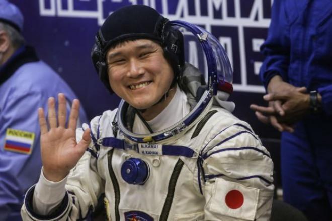 Se teme că nu se mai poate întoarce acasă! Ce-a patit un astronaut care a stat trei saptamani pe Statia Spatiala Internationala