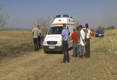 Socant! Un barbat a fost gasit carbonizat pe camp, la Valea Calugareasca