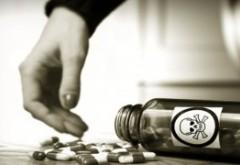 Date ALARMANTE! Consumul de droguri în școli ia amploare - 1 din 10 elevi de liceu s-a drogat!