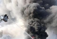 Incendiul de pe strada Laboratorului, de la fabrica de textile, a fost stins