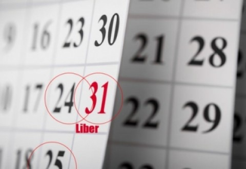 Cum vor fi recuperate zilele libere acordate bugetarilor pe 24 și 31 decembrie. Angajații NU mai pot fi chemați la muncă sâmbăta