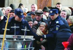 70 de jandarmi, prezenti la Catedrala Sf. Ioan din Ploiesti si la Manastirea Ghighiu, de Boboteaza