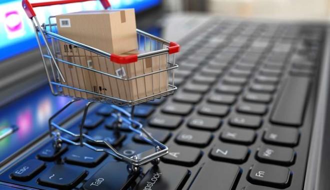 În 2018, românii au cheltuit 10 milioane de euro, zilnic, pe internet. Produsele preferate