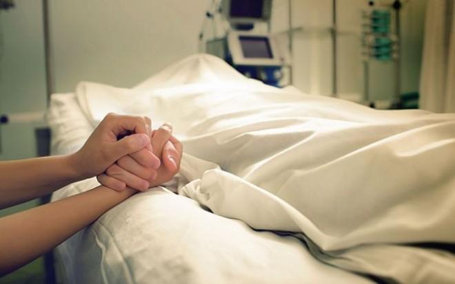 O femeie VACCINATA a murit din cauza gripei! Numarul total al deceselor a ajuns la 120