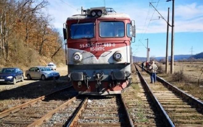 Cumplit! Baietel de 3 ani, sfartecat de tren in Halta Sinaia! Parintii il lasasera nesupravegheat