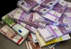 Un nou tip de escrocherie face ravagii! Mai mulţi români s-au trezit cu credite uriaşe