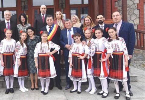 Cei mai buni elevi la Limba Română şi Limba Engleză din ţară sunt prezenţi în Prahova, la olimpiadele naţionale