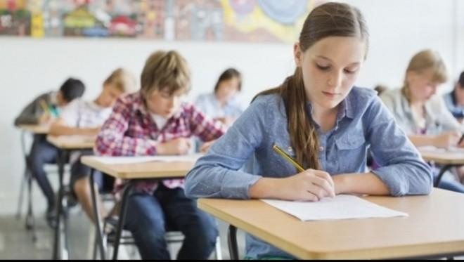 Evaluarea Naţională la clasa a IV-a începe, astazi, cu proba la limba română