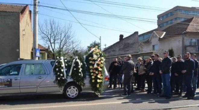 Accident la Pacureti. Trei femei care participau la o inmormantare au fost spulberate de un sofer beat