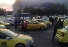 Taximetriştii, din nou nemultumiti! Vor interzicerea trotinetelor electrice. Urmeaza interzicerea mersului pe jos?