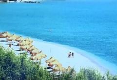Plaja sălbatică cu apă turcoaz de pe litoralul românesc