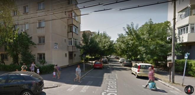 Lumea a 3-a în Ploiești. Stabor țigănesc pe strada Carol Davila din Ploiești. Cetățenii sunt terorizați de două zile de înjurături și bătăi
