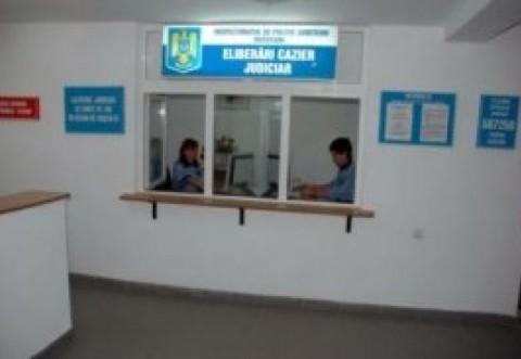 Pentru evitarea aglomeratiei, au fost deschise mai multe locatii pentru eliberarea cazierului judiciar