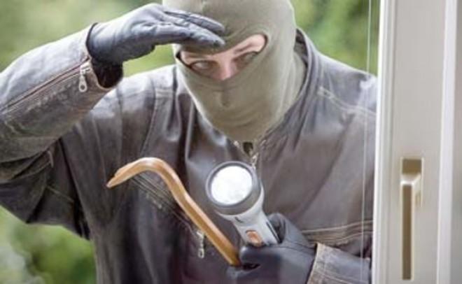 Sfaturi de la autorități: Cum să îți protejezi locuința de hoți și alte pericole?