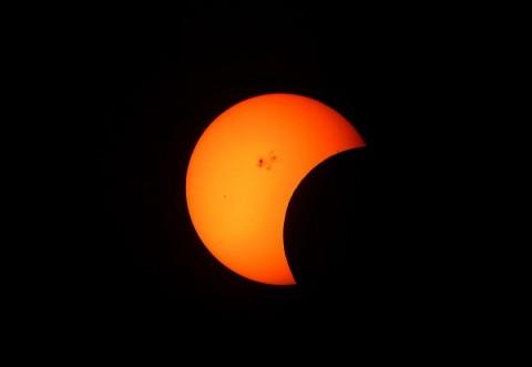 Eclipsa de lună 2019. Momentul maxim e după miezul nopții. Unde puteți să o vedeți