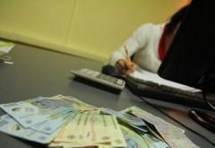 O ploiesteanca, administrator de bloc, a furat 16.000 de lei din banii locatarilor