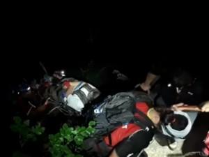 VIDEO - La un pas de tragedie! 35 de adolescenți, recuperați cu greu de pe Jepii Mici