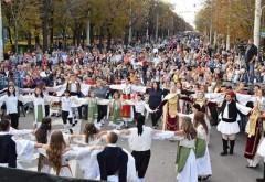 """Vineri se inchide Bulevardul Castanilor. Are loc Festivalul Interetnic """"Alfabetul Convietuirii"""""""