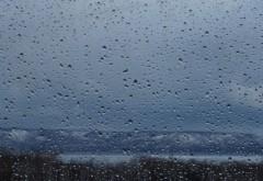 Vreme închisă și ploi în aproape toată țara