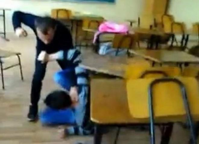 Bataie intre elevi la un liceu din Plopeni. A fost deschis dosar penal