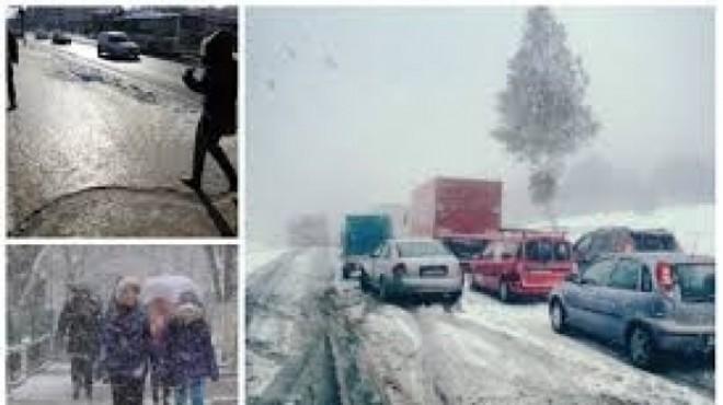 PROGNOZA METEO LUNARĂ. Când vin primele ninsori în România