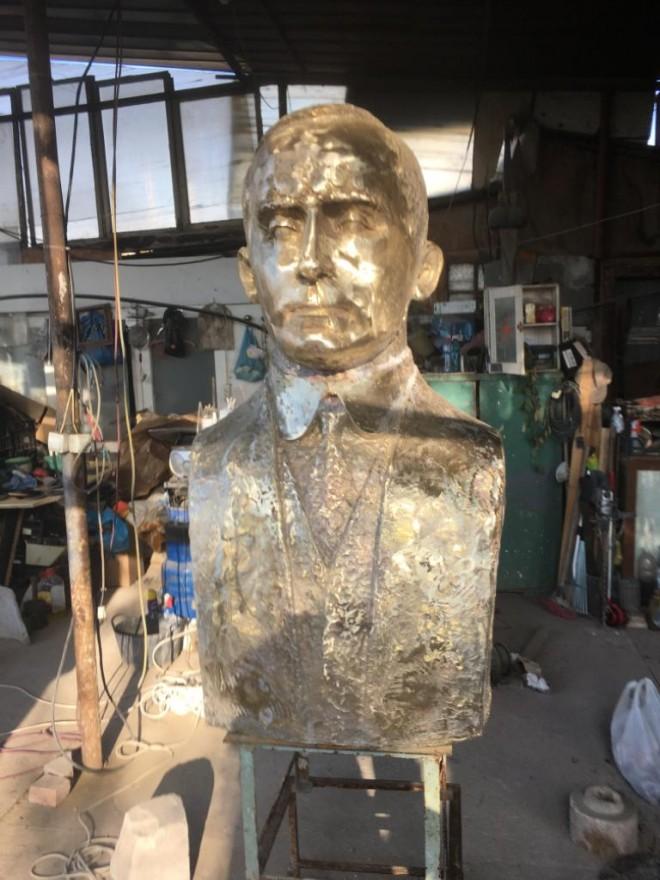 Bustul dr. Aurel Cosma, inaugurat, miercuri, pe Aleea Fauritorilor Unirii - Parcul Bucov