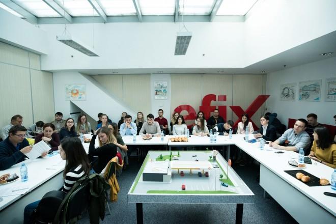 23 dintre castigatorii programului de burse KMG International sunt de la UPG si Liceul Lazar Edeleanu