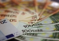 Alertă! Euro, un nou record! Atac la moneda națională?