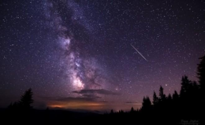 Asta este noaptea în care se îndeplinesc dorințele: când putem vedea cele mai multe stele căzătoare