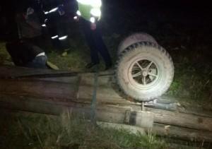 Tragedie in Prahova. Un tanar de 20 de ani a murit strivit de caruta care s-a rasturnat peste el